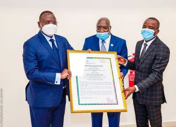 infrastructures-aeronautiques-au-benin-:-l'aeroport-de-cotonou-certifie-aux-normes-internationales