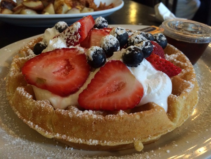 A-waffle-from-cafe-vienna