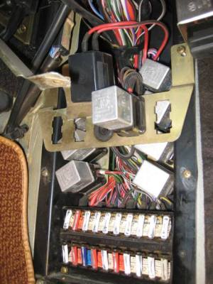 1972 350SL450SL FUSE PANEL ELECTRICAL  Page 2  Mercedes
