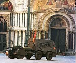 il tanko in piazza San Marco
