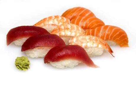 sushi salmone tonno