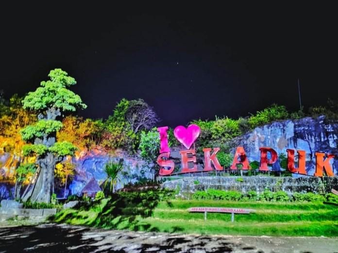 Desa Sekapuk, Desa Miliarder