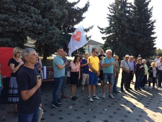У Бердичеві учасники мітингу проти комунального свавілля шукали коридорами міськвиконкому міську владу. Не знайшли. ФОТО. ВІДЕО