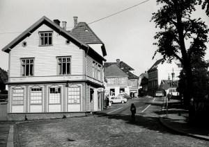 Marken sett fra Strømgaten. Foto fra omkring 1970. .<br />Fotograf: Øyvind H. Berger.<br />Fotoregistrering av Bergen, Bergen Byarkiv.
