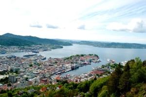 Utsikt fra Fløyen.<br />Fotograf: Katharina Lunde. Seksjon for informasjon, Bergen kommune.