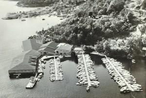 Hordnes Båtforenings havn. Den har adresse Hordnesvegen 120. Denne båthavnen hadde 209 plasser i 2009. Udatert foto.