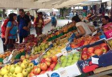 Wandern am Lago Maggiore: Marktbesuch in Cannero