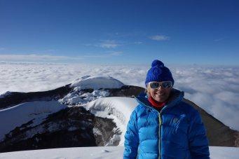 Trekkingreise Ecuador: Maria am Cotopaxigipfel