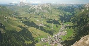 Lage des Bergland Appartement im Sommer: Hervorragender Ausgangspunkt für zahlreiche Wandertouren, Biketouren und Ort der Ruhe und Erholung