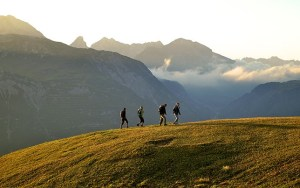 Wandern Nordic Walking Laufen in Lech am Arlberg Bergland Appartements