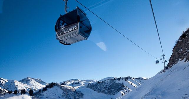 """""""Verdienter, neuer Spitzenreiter"""" – Arlberg Bestes Skigebiet der Welt"""