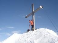 Ich glücklich beim Gipfelkreuz
