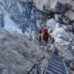 Aufstieg in den Kamin unter der Schwarzensteinhütte