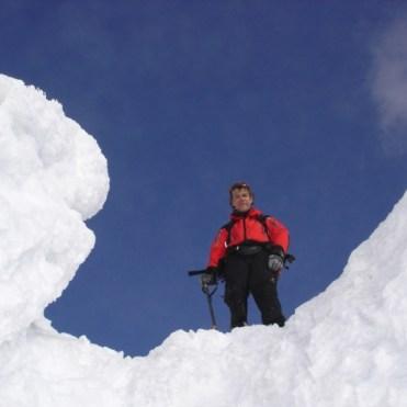 Joe vor dem Abstieg durch die Rinne