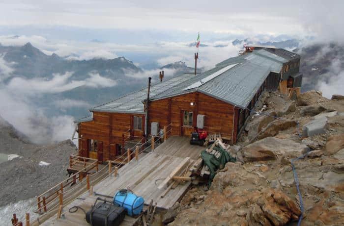 Alpenhütten Capanna Gnifetti
