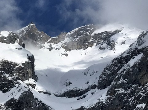 Gipfelstation der Dachstein-Seilbah und Edelgries Abfahrt