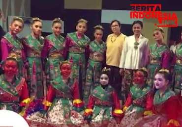 SMP Labschool Jakarta Ikuti Kejuaraan Tari dan Musik di Paris