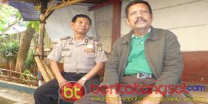 Bripka Gunawan Binamas Kelurahan Pedurenan dan RW 01 Kp. Poncol Nur Ali S.Pd (Foto: Putra)