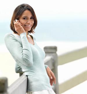 31__________women-love-their-phone-more-than-their-boyfriend-2
