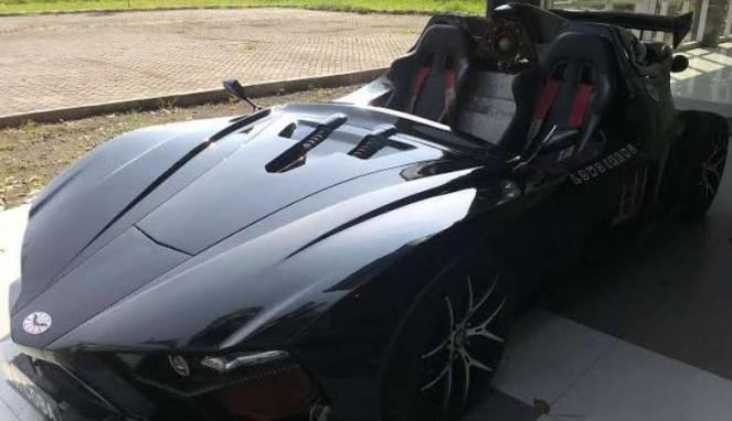 Mobil Lowo Ireng buatan mahasiswa ITS