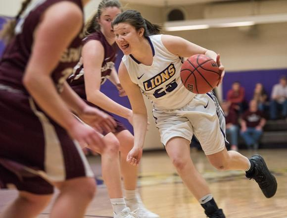 Recent wins push women's basketball team toward playoffs