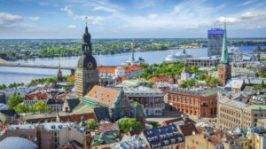 riga-town-center-with-dom