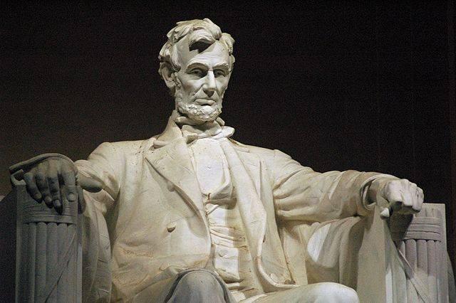 https://i2.wp.com/www.berkshirelinks.com/berkshires-news/wp-content/uploads/Lincoln-Memorial-by-Daniel-Chester-French.jpg