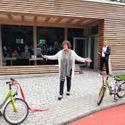 Vergrößerung: Landrätin Maren Schellenberg bei der Einweihung der Jugendverkehrsschule Steglitz