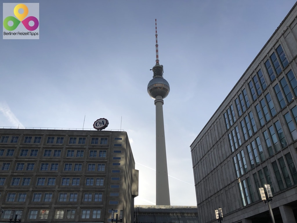 Bild Fernsehturm Blick vom Alexanderplatz