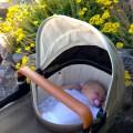 Es schläft sich prima in der Babywanne vom Joolz Day Earth
