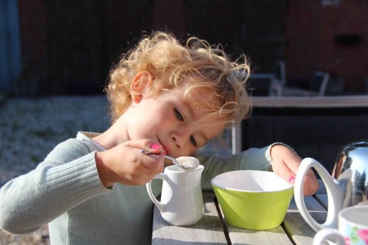 Teatime im Hoftel mit reichlich Zucker