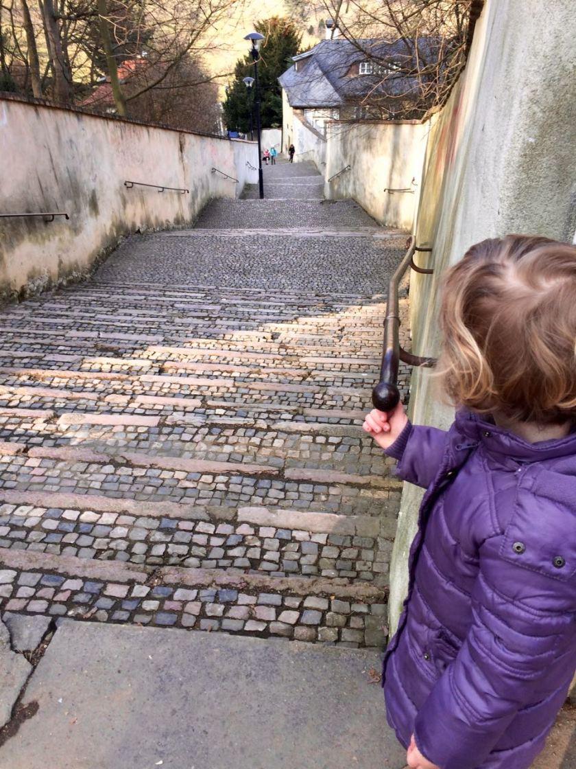 Der kürzeste Weg zur Prager Burg ist nicht immer der beste