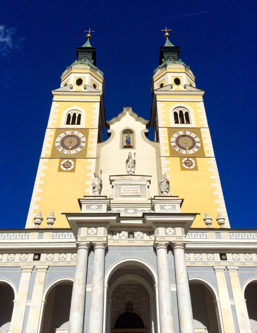 Der Brixner Dom heißt eigentlich Dom Mariae Aufnahme in den Himmel und St. Kassian