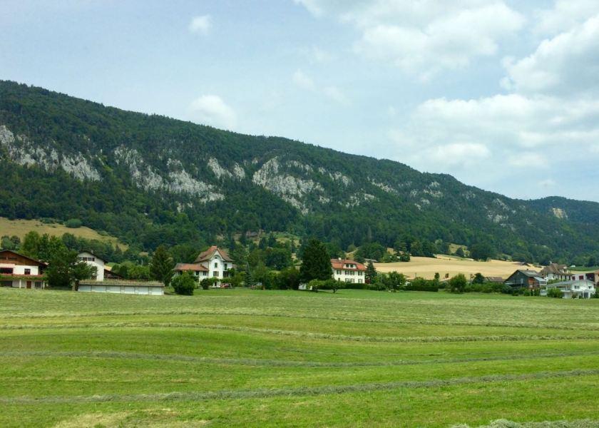 schweiz_drei_seen_land_strasse1