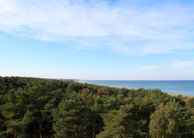 Blick auf die Ostsee von der Dachterrasse des Hotels Fischland