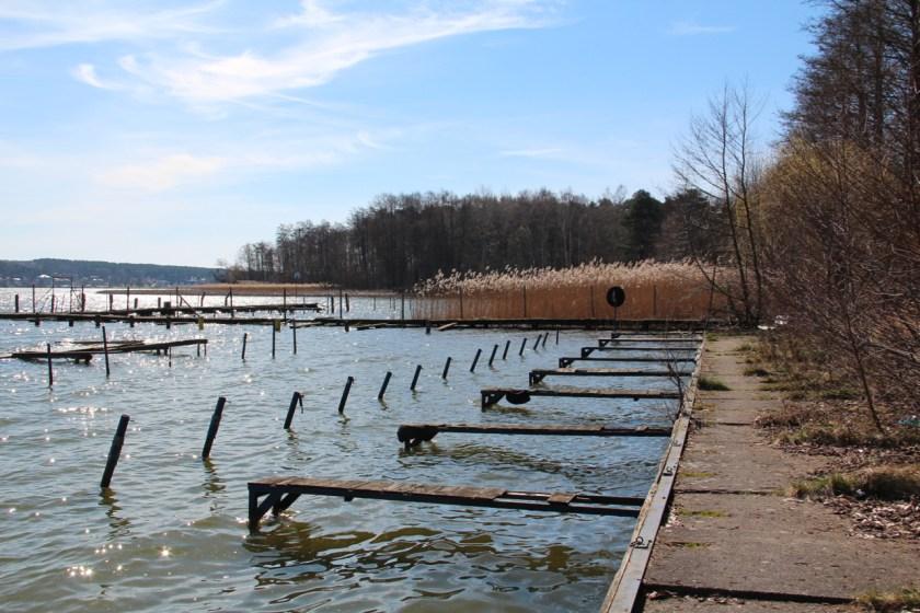 Eine alte Bootssteganlage am Scharmützelsee bei Bad Saarow-Strand