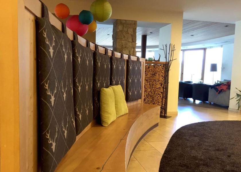 Die Lobby im Familienhotel Sonnwies.