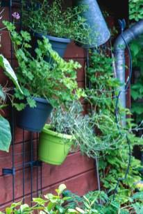 Hier kann man gut erkennen, wie der EMSA City Garden angebracht wird