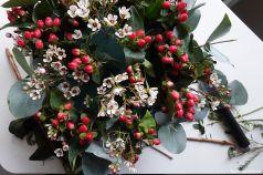Johanniskraut und Waxflower zum Auffüllen