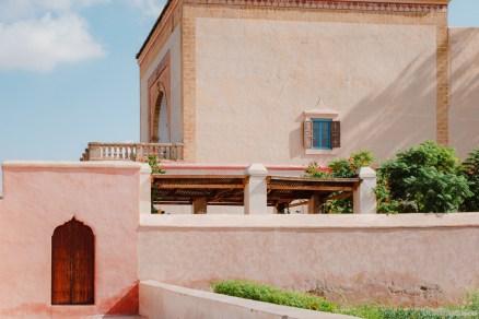 Menara-Garten hinter Mauern