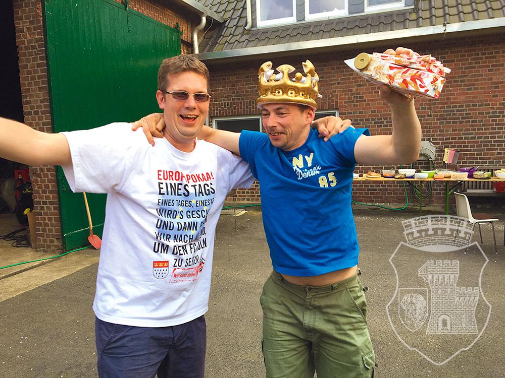 Ein Zug, zwei Könige: Tocki und Andres bejubeln ihre Titel.