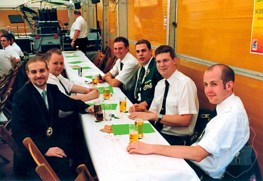 Der Bernardus-Tisch beim Königs- und Oberstehrentag 2007.