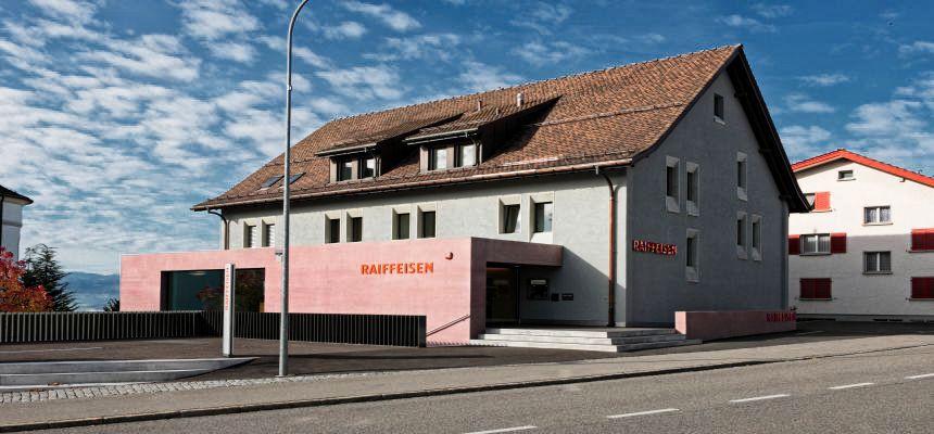 https://i2.wp.com/www.bernetbau.ch/wp-content/uploads/2016/09/Gommiswald-Raiffeisenbank.jpg?w=880