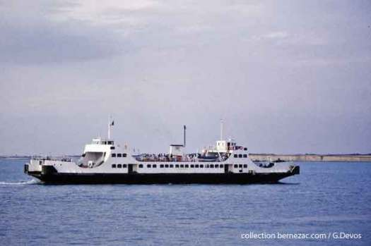 île de Ré, le bac l'aunisien en 1985