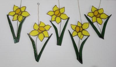 stained glass daffodil suncatchers