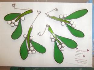mistletoe, glass christmas decorations