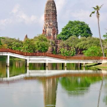 Tops-Flops Thaïlande