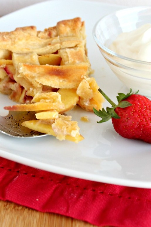 rustic nectarine & ginger summer tart | berrysweetlife.com