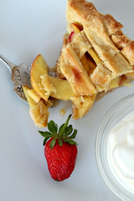 rustic nectarine & ginger summer tart   berrysweetlife.com