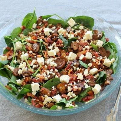 Balsamic Mushroom Bacon Spinach Salad